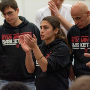 Hoodie ETV Basketball Schwarz (schrift: rot, weiß)